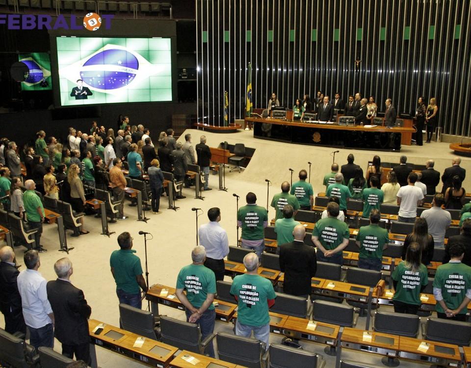 01-09-sessao-parlamentar-frente-hor (1)